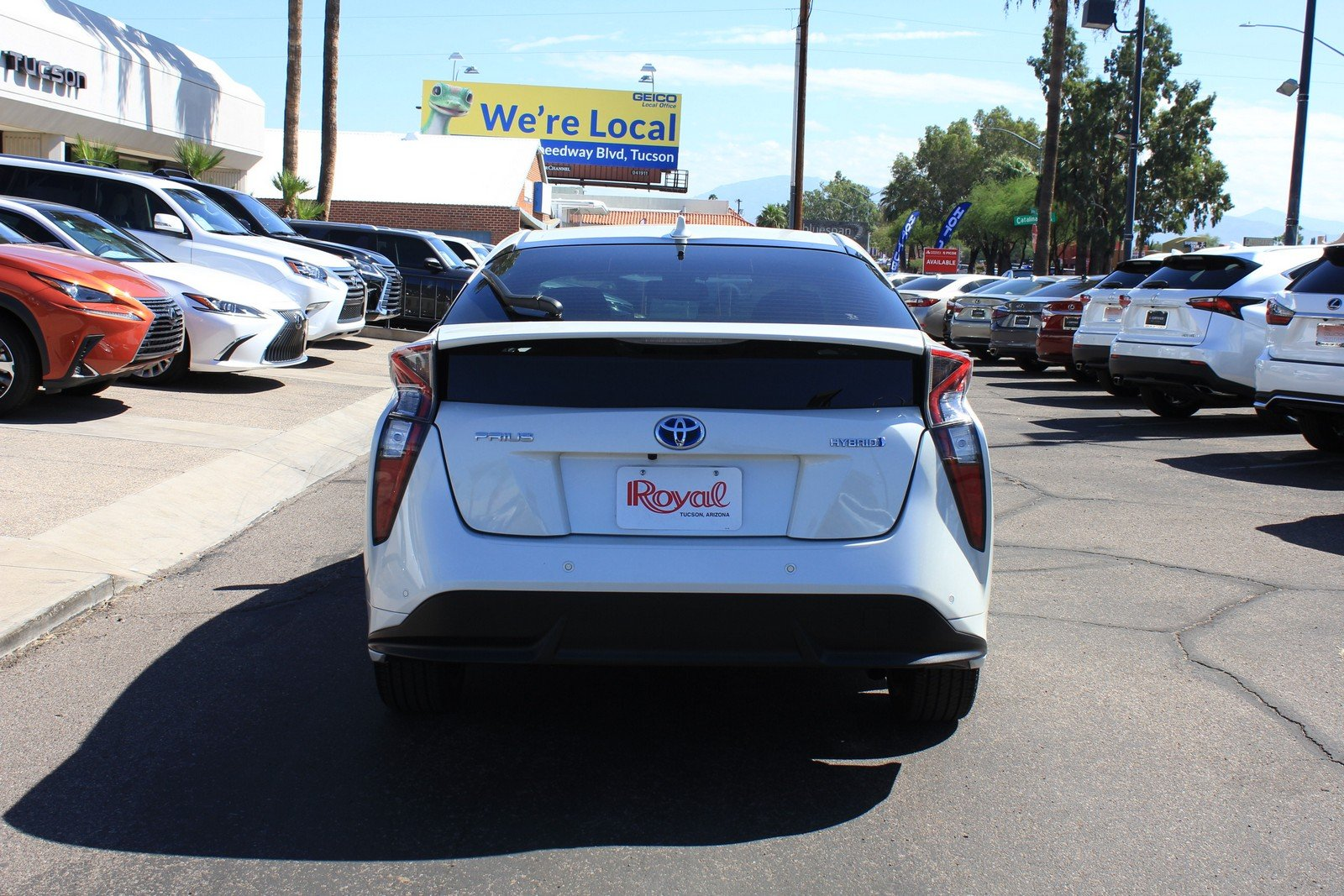 Pre-Owned 2016 Toyota Prius