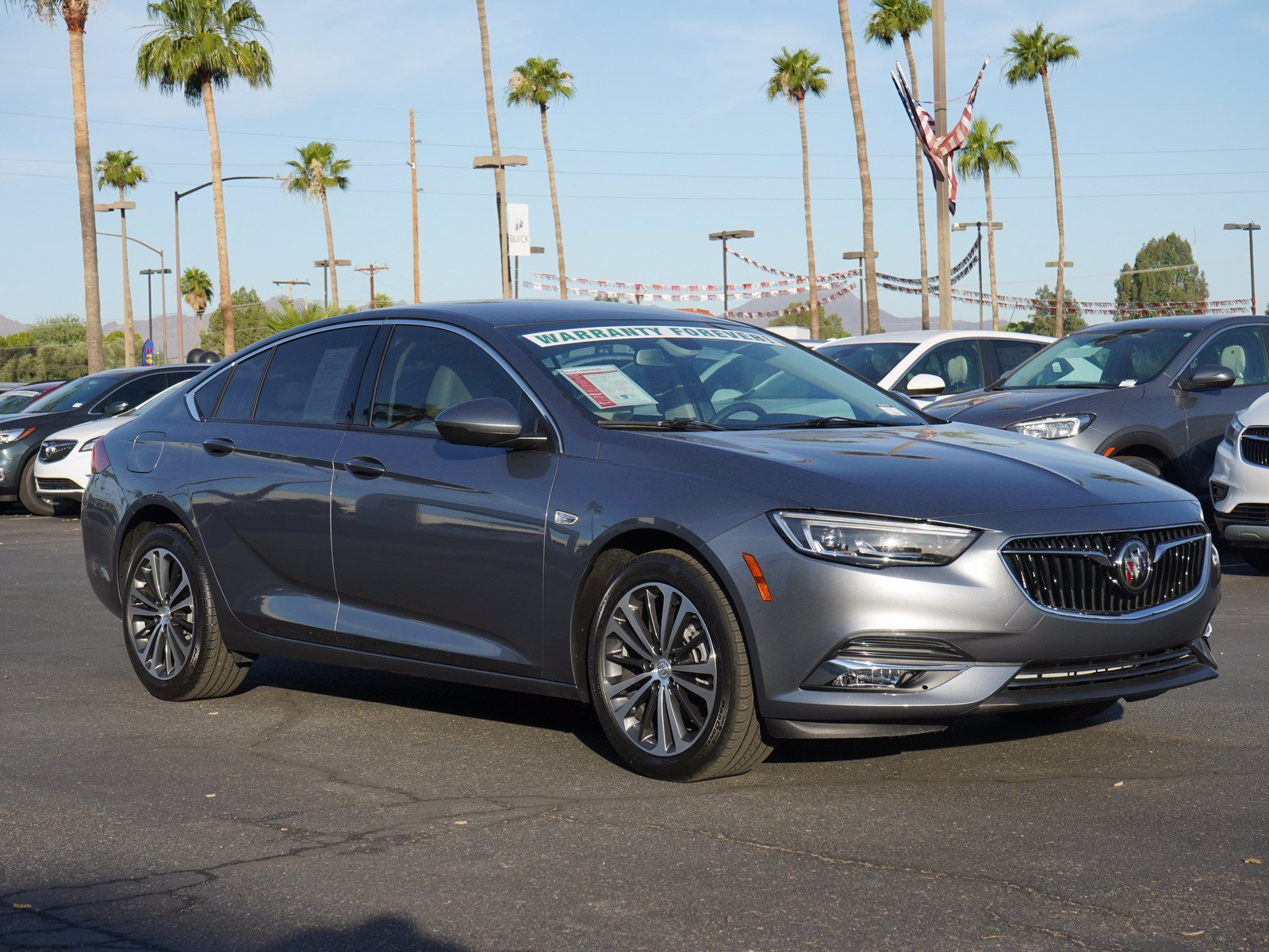 Pre-Owned 2020 Buick Regal Sportback Essence